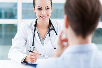 Student beim Arzt