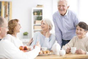 Pflege Bahr Kunden lachen